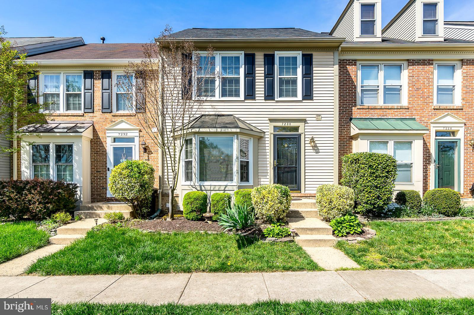 Stunning townhome in highly sought-after Kingstowne. Full of natural light, this home has upgrades galore. Gleaming hardwoods throughout the main and upper levels. Beautifully renovated, gourmet kitchen with island, cut-out to dining room, and mini-bar area. Off the kitchen, walk out onto the deck and enjoy a private, wooded view. A unique find in Kingstowne!  Upstairs, the master bedroom features vaulted ceilings and a newly remodeled, custom master bath with gorgeous tile. The oversized 2nd bedroom could easily be split into 2 rooms, if desired. Updated full hall bath. Head down to the lower level rec room with gas fireplace, upated full bath, and sizable storage. Walk right out to fenced-in backyard. Enjoy the lively community atmosphere. Just in time for summer - check out the pools, tennis courts, fitness centers, playgrounds, and jogging paths. Walk to shops and entertainment!  Conveniently located with easy access to the beltway and a metro bus stop just steps away. Open Houses Saturday 4/27 from 10-12 and Sunday 4/28 from 2:45-4:45