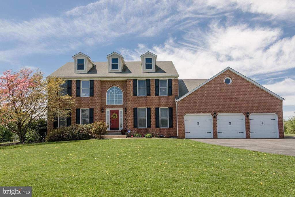 Astounding 3285 Abar Drive Mount Airy Md 21771 Cassandra Bailey Home Interior And Landscaping Palasignezvosmurscom