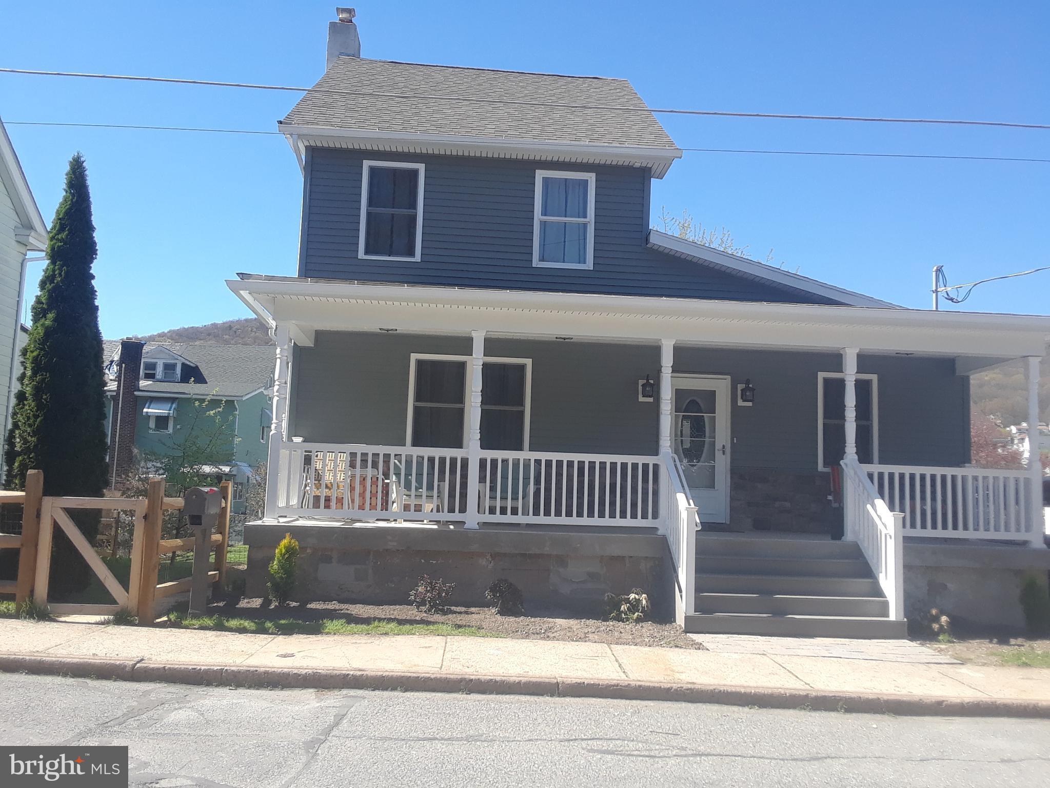 26 COAL STREET, NESQUEHONING, PA 18240