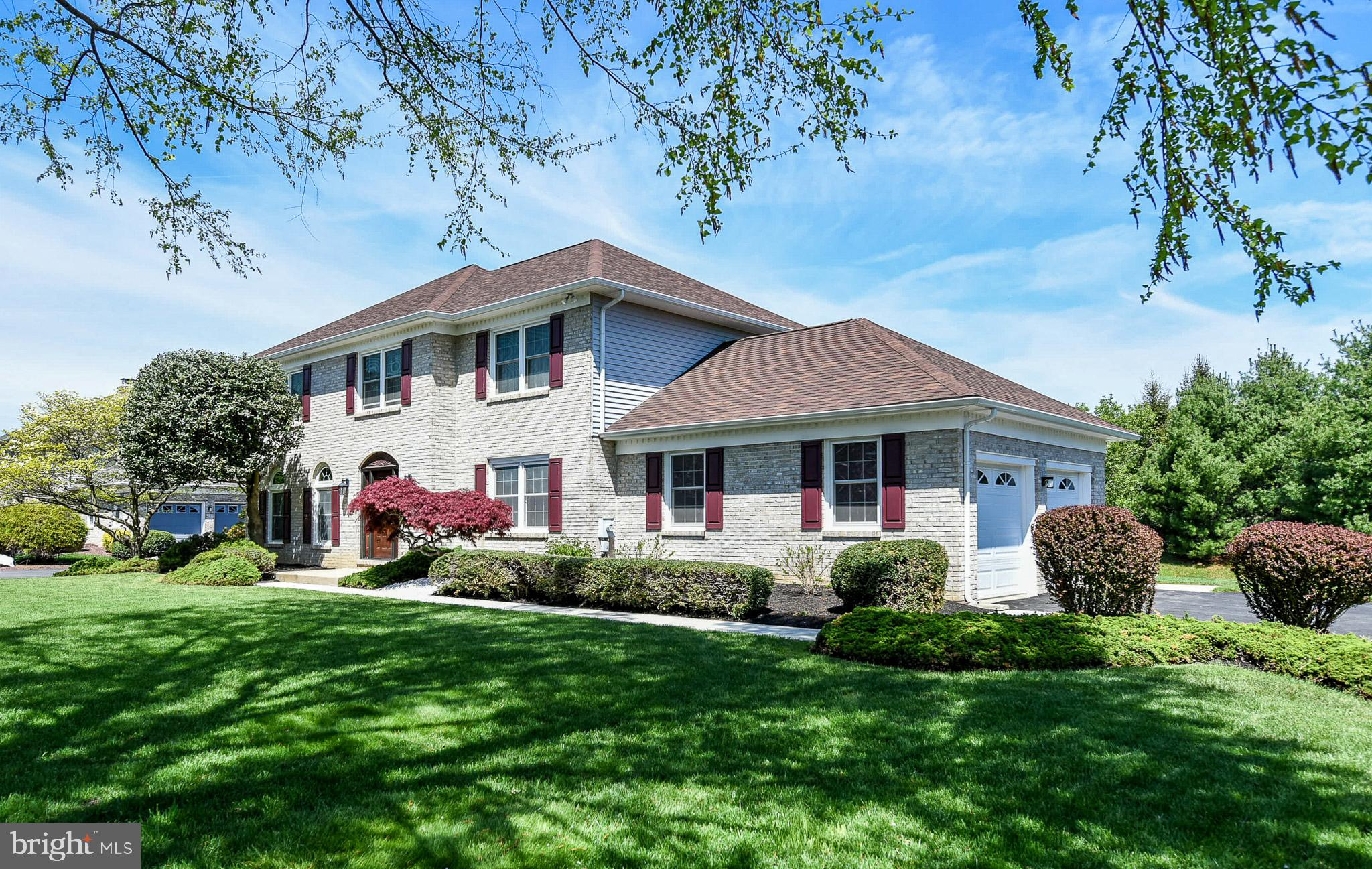 Stately 4BR,  2.1BA  quality built  R. C. Peoples  built colonial that is loaded with upgrades! Original owners have paid meticulous attention to every aspect of this home and it shows. The open and flowing floor plan features center hall entry, formal living and dining rooms, large eat in kitchen eating area that opens directly to the family room. The second story includes: a large master w/full bath & walk-in closet, three additional generously size bedrooms and a second full bath. Numerous significant upgrades include: high performance windows, 30 year architectural roof, energy efficient gas heater & central air conditioning, fiberglass entry door w/lead glass side lights, sliding glass door,  new driveway & sidewalks, hardscaping, and additional insulation in garage and attic. Other features such as: gleaming site finished hardwood throughout  maintenance free brick and aluminum exterior, turned two-car garage, fenced yard and enlarged floor plan when built make this home a standout at this price. Caravel Woods is located above the canal and in the award winning Appoquinimink School district. Just minutes from major roadway access, Christina Hospital, Shopping and the University of Delaware.