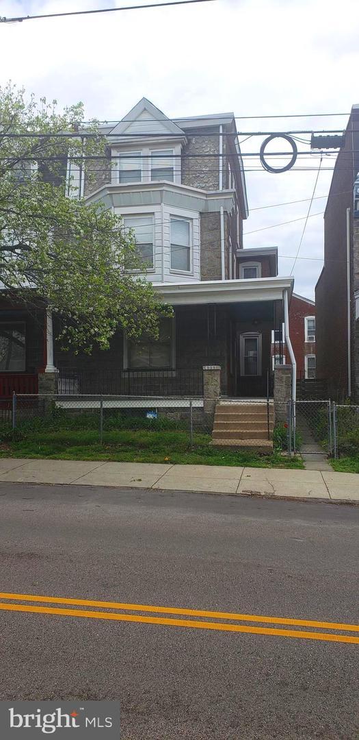 4351 Manayunk Avenue Philadelphia, PA 19128