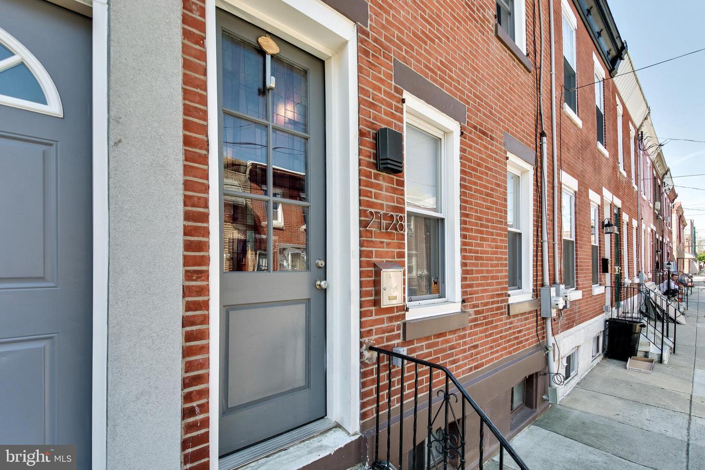 2128 Manton Street Philadelphia, PA 19146