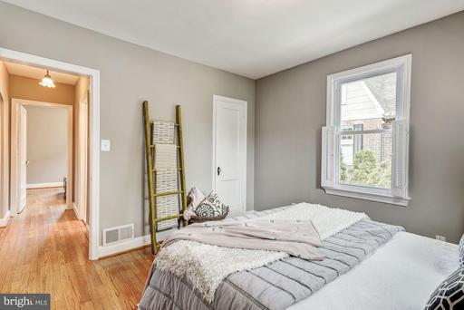 Photo of 504 E Windsor Ave