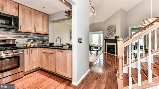 Photo of 4950 Brenman Park Dr #411