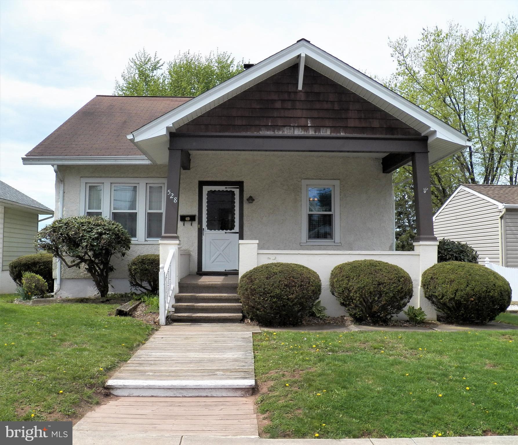 528 JEFFERSON STREET, EAST GREENVILLE, PA 18041