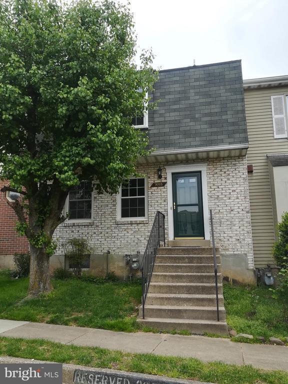 3055 Hickory Grove Ct, Fairfax, VA 22031