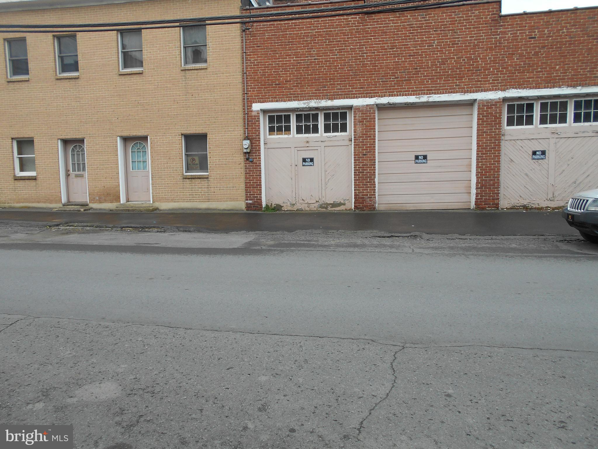 28 West LLOYD STREET, SHENANDOAH, PA 17976