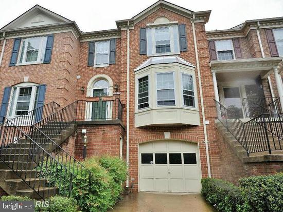 3Br/3&1Half Baths, Beautiful Brick Town House with new engineered hardwood floors in a private walled and treed neighborhood. 3 levels with one car garage and driveway that park two cars. Great location Capitol Beltway (495) and (395) at door steps with fast commuter lanes to DC/ MD and Metro Close by. House is 3 level. First Level Garage/Fireplace Family Rm (with windows and door)/Full Bath/ Washer and Dryer. Living, Dining, Kitchen Open and Spacious. Kitchen has and Eastern View with Morning Light and Deck with Fenced Yard.  Master Bedroom has the Morning Light and high ceilings with shower and soaking tub. The Living Rm and other bedrooms face the West. The House is filled with light with newly engineered hardwood fLoor. Newly painted in whites and grey. NO PETS. ***************APPLY ON LINE ONLY. https://www.longandfoster.com/rentals/6503-Hubbardton-Way-Springfield-VA-22150-272129822. THIS WILL BE UP & RUNNING     SOMETIME TODAY (SUNDAY) OR MONDAY.