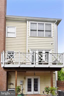 10401 Breckinridge Ln, Fairfax 22030