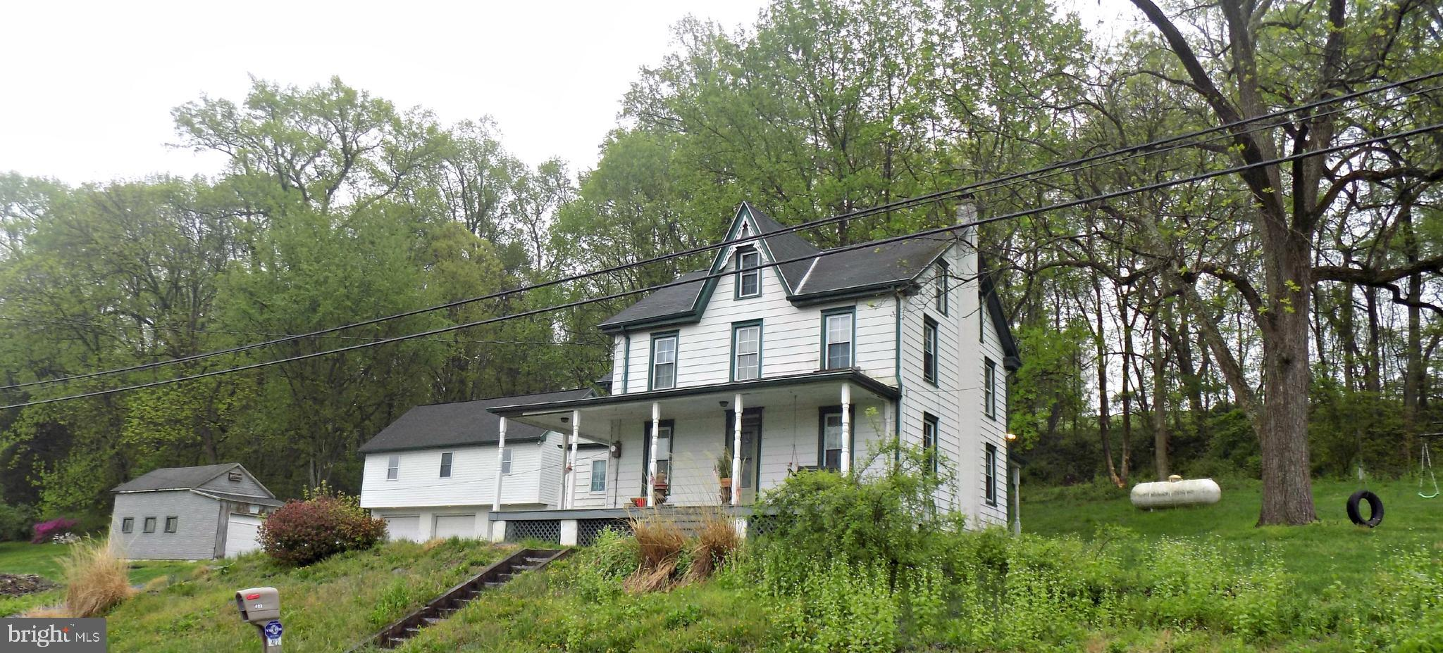 402 BRIDGE VALLEY ROAD, PEQUEA, PA 17565