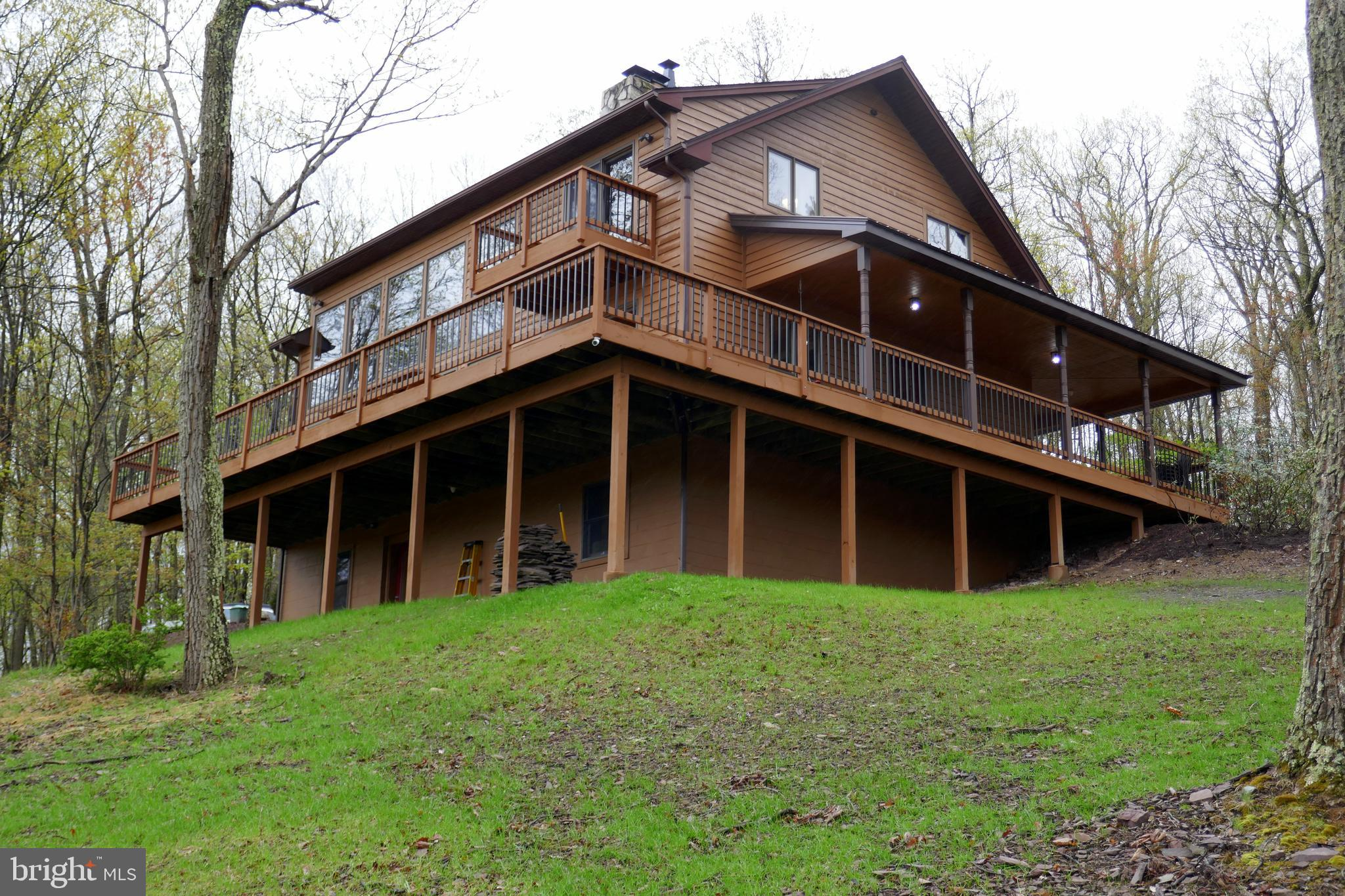 702 RED FOX ROAD, MAYSVILLE, WV 26833