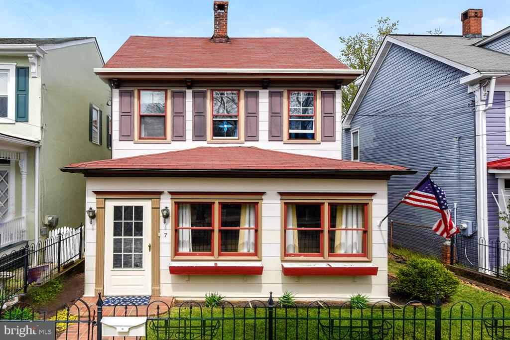 One of Annapolis 3 Bedroom Homes for Sale at 7  HILL STREET