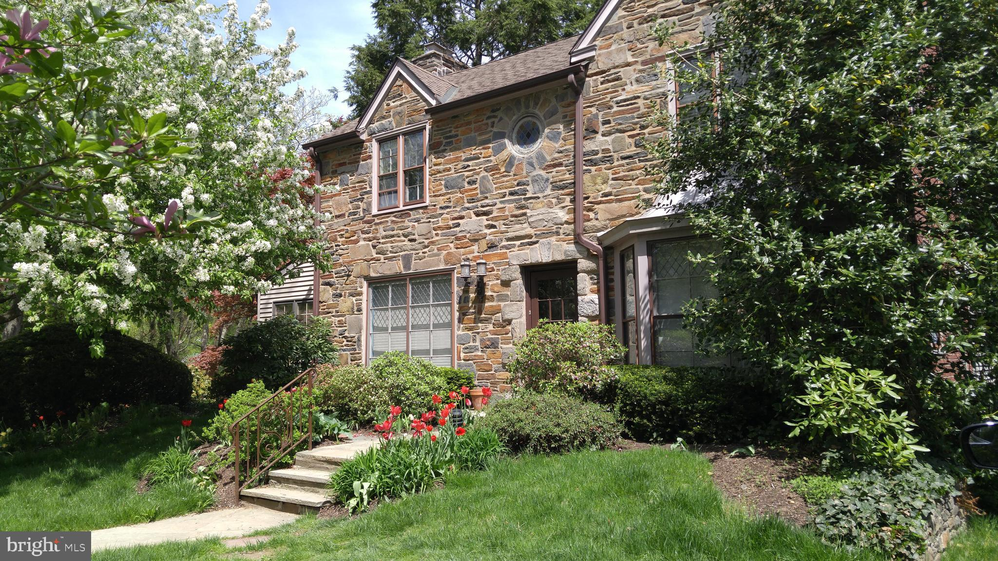 533 WINDING WAY, MERION STATION, PA 19066