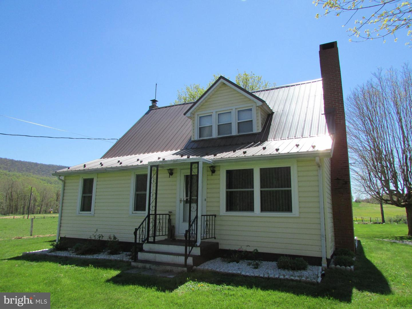 4066 Pumping Station Road East Waterford , PA 17021