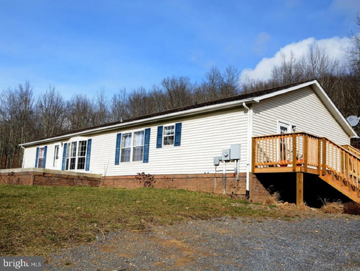 359 DICE HINKLE ROAD, CIRCLEVILLE, WV 26804