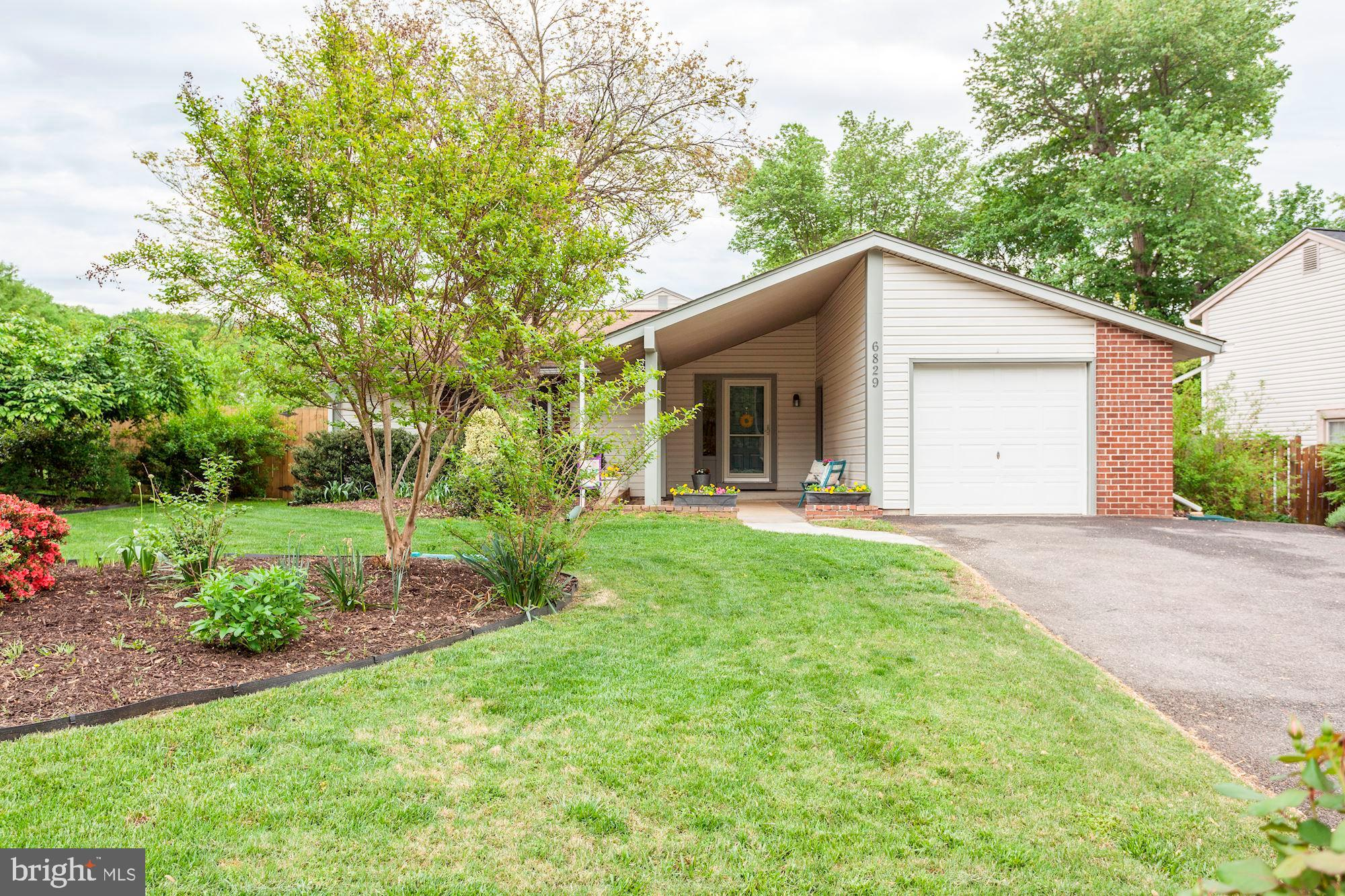 Open Sunday, 5/5 12:00 - 3:00 PM.  Priced below comps! Move-in-ready contemporary 1-level rambler on 1/4 acre corner lot in popular Stoneybrooke. Hardwood floors throughout, neutral paint, gas cooking, cherry cabinets, stainless steel appliances, and new granite counters. Newer windows, front and sliding door, and garage door. Gazebo and playground convey.  Fenced rear yard.  Enjoy peaches, pears, blueberries and rosemary from your very own yard! Enclosed garage. Driveway expanded for additional parking. 1-year HMS home warranty for the buyer.  Minutes to metro, Kingstowne, 495, 395, 95, RT 1, Belvoir. Please view the 3D virtual tour to see the layout. Chimney conveys as-is (needs a flue liner). Sellers request to review any offer on Thursday, May 9th.
