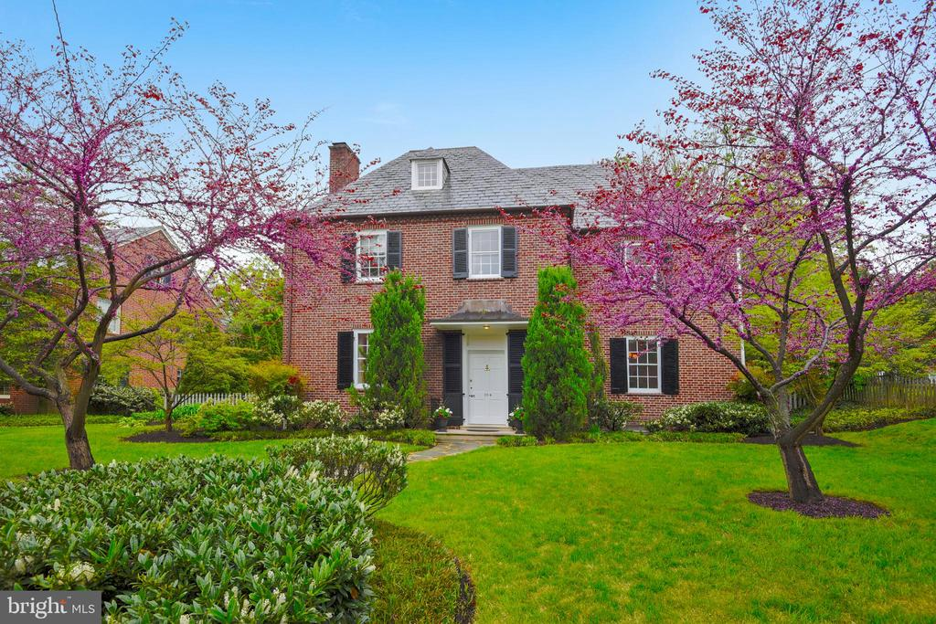 Opportunity to own true 6 BR + office,  Reduced $166k to reflect Buyers' desires to update baths or kitchen.  Incredibly well maintained, move in ready as it is. OPEN SUN 1/26 1-2:30pm  - one of the greatest locations within Homeland, this 1928 brick beauty sits on the sought after 100 block of Homeland.   Fresh paint and carpet selected by a Washington, DC designer, this house has been very well maintained and has many upscale & timeless features.  Grand proportions  such as wide hallways, large windows, French doors, and floor to ceiling built ins have preserved the historic charm of the house. Recently upgraded recessed lighting, updated systems and upper level laundry room showcase the modern living in this timeless classic. Entertain all of your friends and family in the bright, over-sized dining room, or lounge in a living room with glass doors  leading to a field stone screened-in porch. Custom kitchen Cabinets and high-end appliances, multiple built-ins and closed door storage allow the comfort of easy clean ups, and plenty of storage space allows for an organized life style. A large sunny kitchen opens to breakfast room/den leading to back yard.  There is a fantastic lower level family room with new half bath and more storage. The lower level has been waterproofed with a French drain and 2 sump pumps.  In walking distance to local schools and universities, the shops of Roland Park, and minutes to major highways and public transportation, this 6+ bedroom home offers 4 levels of living space designed for today's living in one of Baltimore's finest historic neighborhoods  conveniently located off of North Charles St. See virtual tour and plans. This house is a real winner.  Click on Virtual Tour for more details.