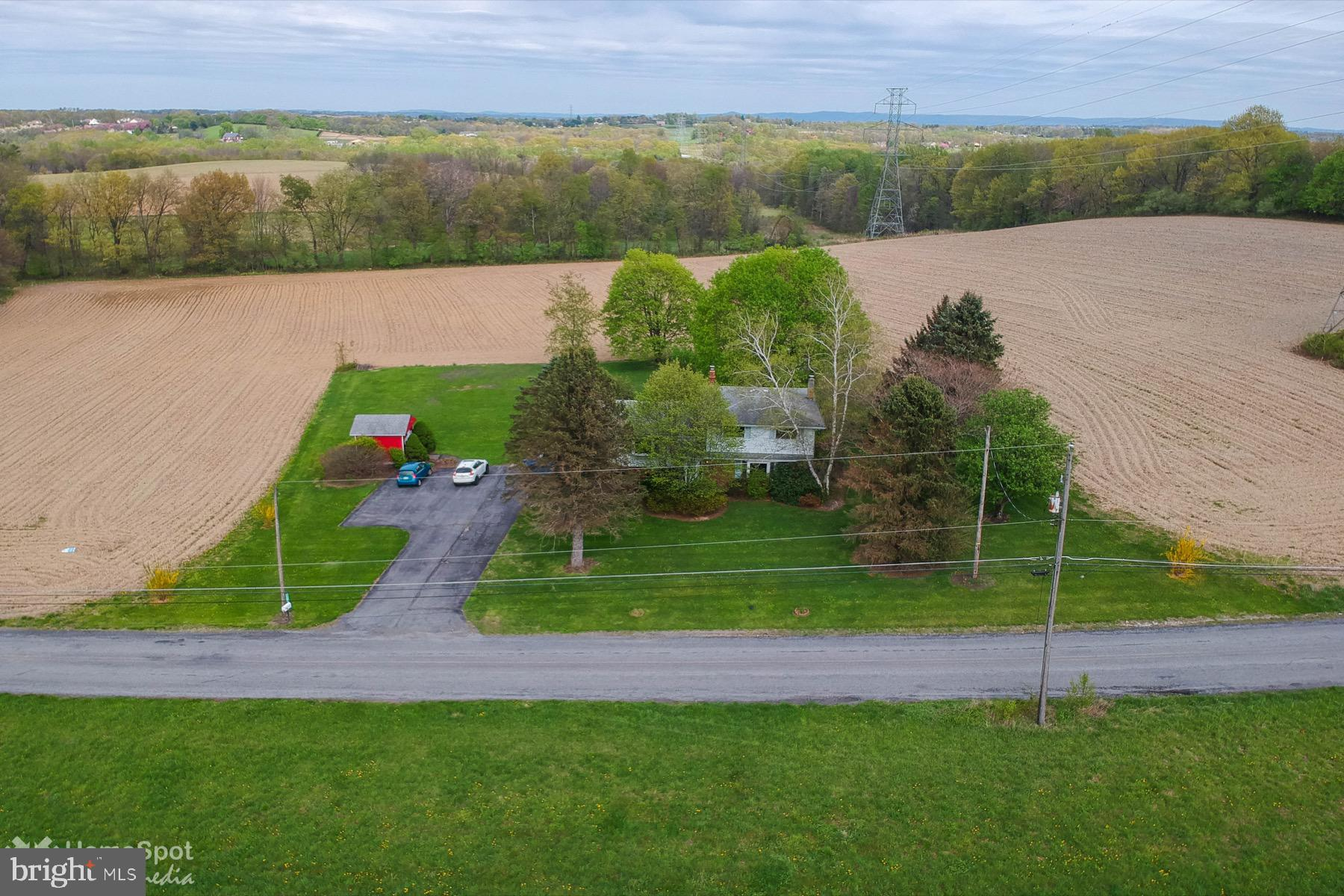 1262 KELLER ROAD, WIND GAP, PA 18091