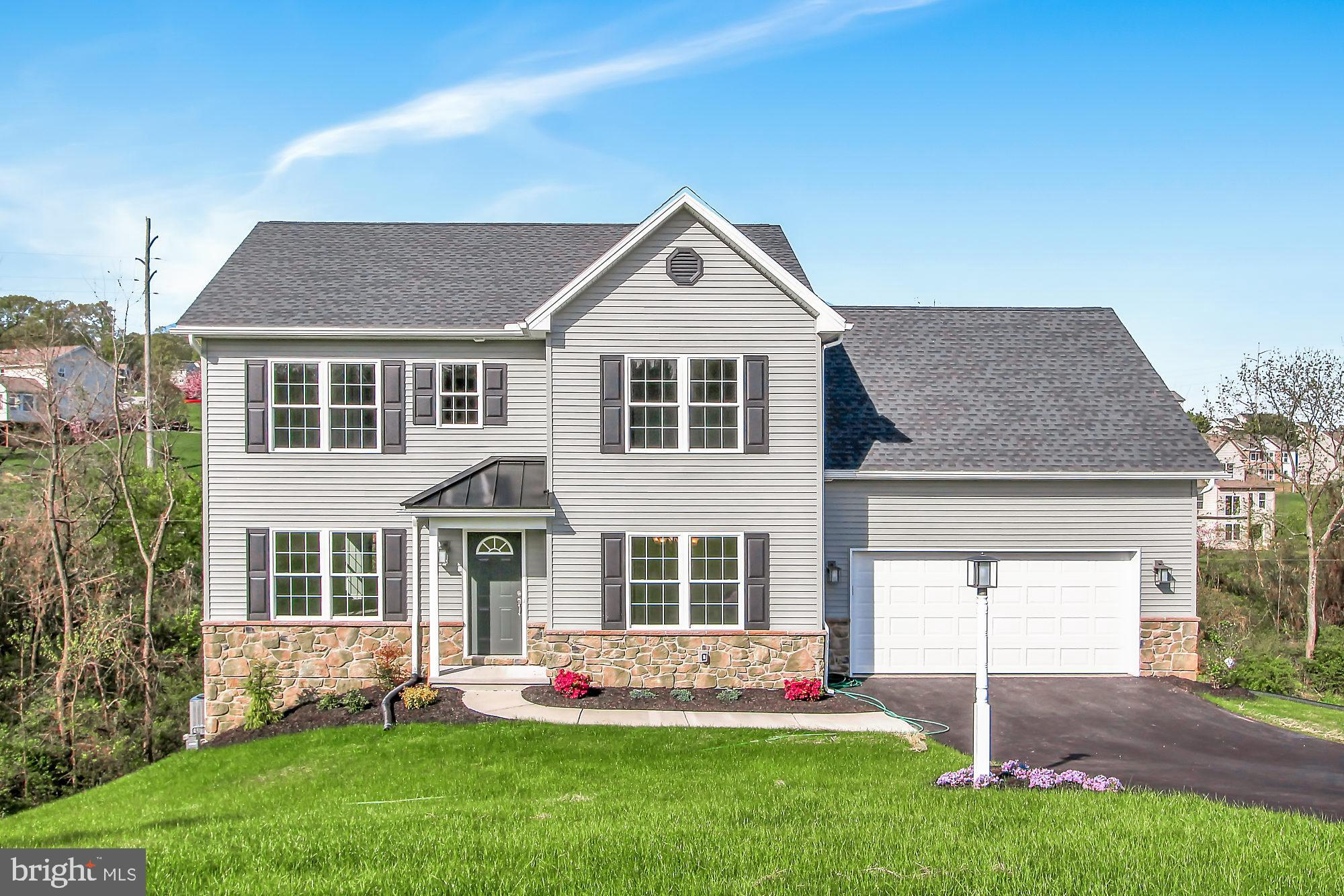 385 BARCLAY DRIVE, RED LION, PA 17356
