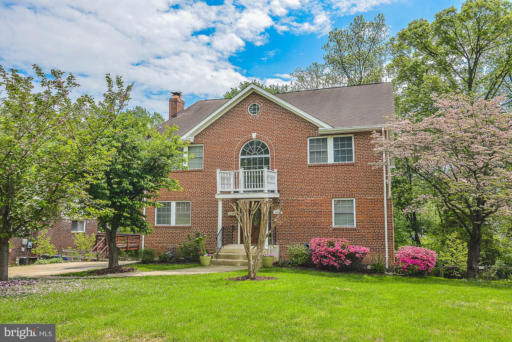 3233 NEALON DRIVE, FALLS CHURCH, VA 22042