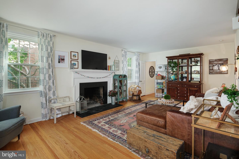1436 W Wynnewood Road Ardmore, PA 19003