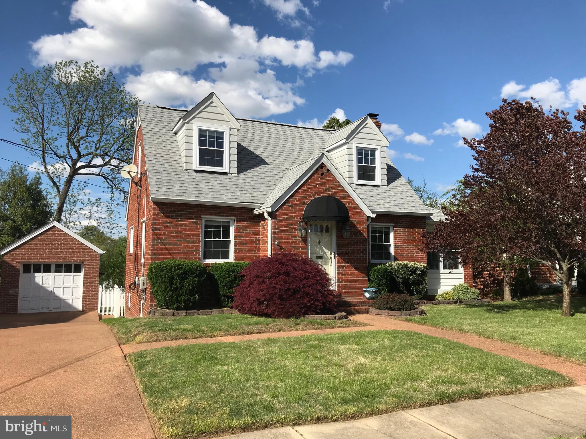 MUST SEE!!! Minutes away from CRYSTAL CITY and The New AMAZON HQ2!  You are welcome to preview this beautiful and charming Cape Code, south of Historic Old Town Alexandria! The main level has a wonderful Living Room with a Fireplace, Large Dinning Area, Updated Cherry color custom made Hagerstown Kitchen with New Appliances. Stunning Sunroom with a garden view. The second level has two large and sunny Bedrooms. This home has a walk-out basement with a full bathroom. The backyard is absolutely phenomenal. Primer Location to many stores, banks, coffee shops, bike trails. This house is near  by Huntington Metro Station, GW Parkway, I95/495, Route 1 which makes it very easy access to Arlington and DC.   New Roof 2018, New appliances 2018, New AC 2015, Fireplace and Chimney repaired 2014!
