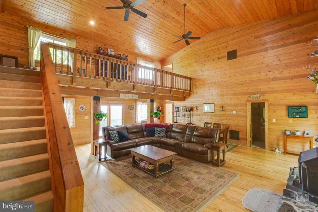 3638 N RED OAK LANE, Delaplane, Virginia