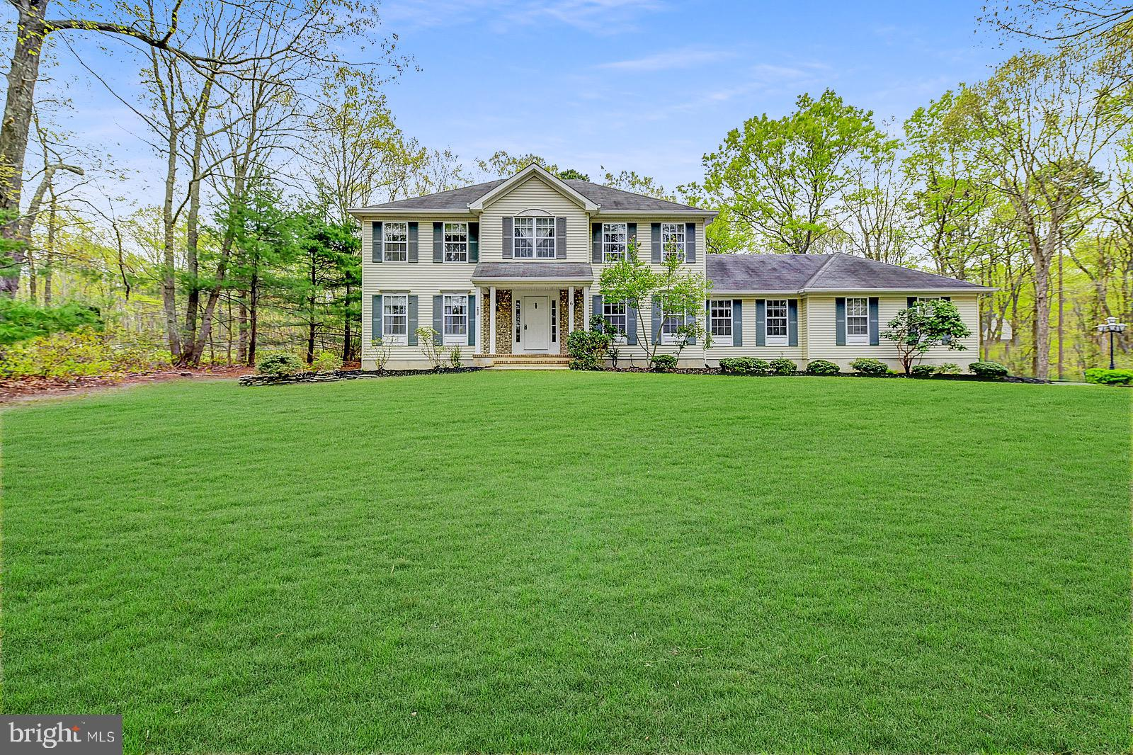 6 FOREST HILL DRIVE, NEW EGYPT, NJ 08533