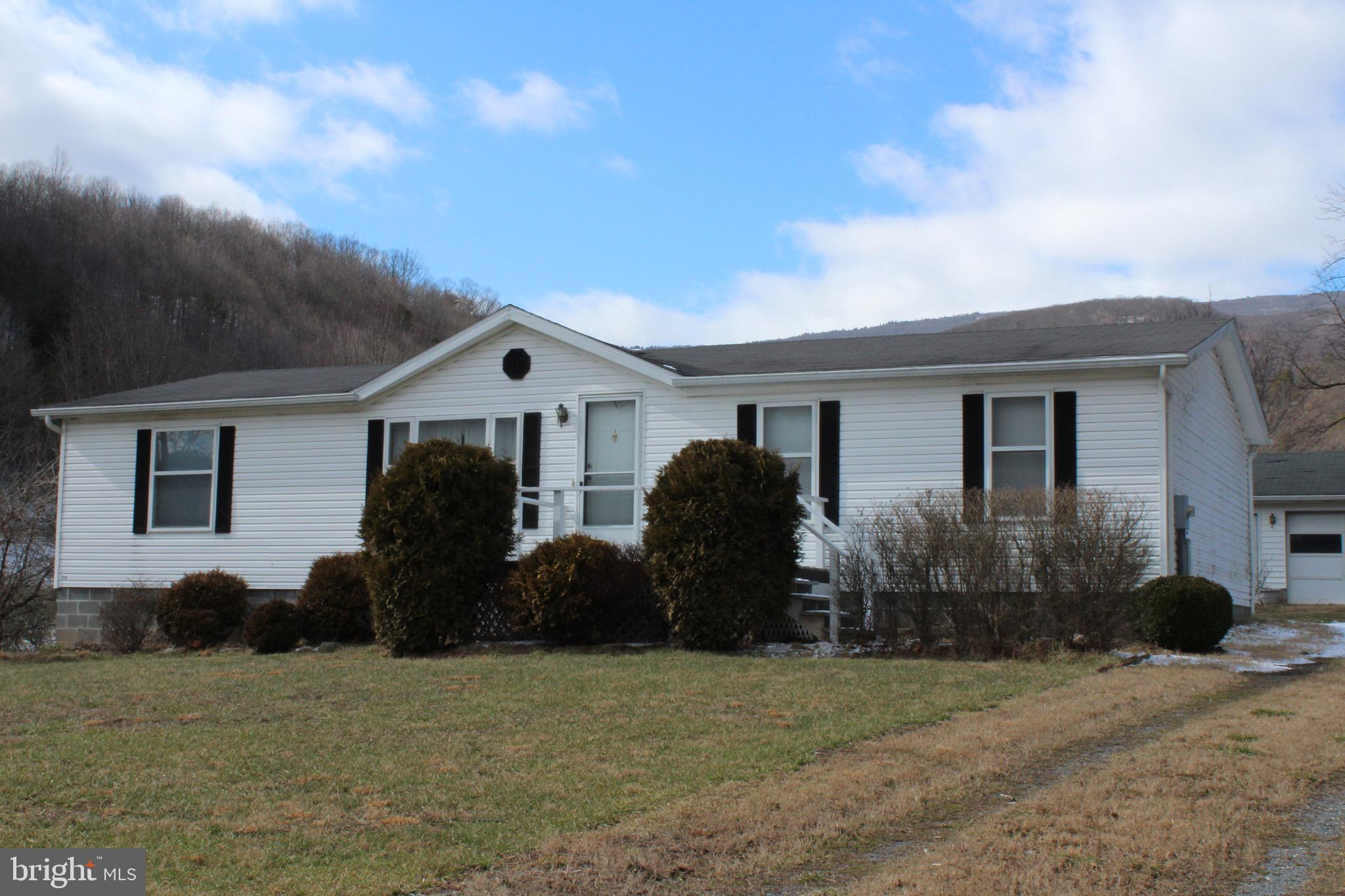 449 LAUREL RUN ROAD, MAYSVILLE, WV 26833