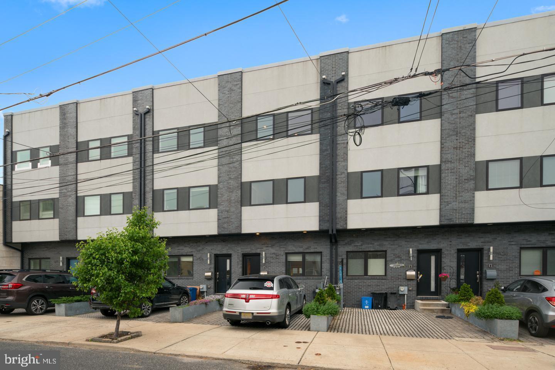 12165 Crease St, Philadelphia, PA, 19125
