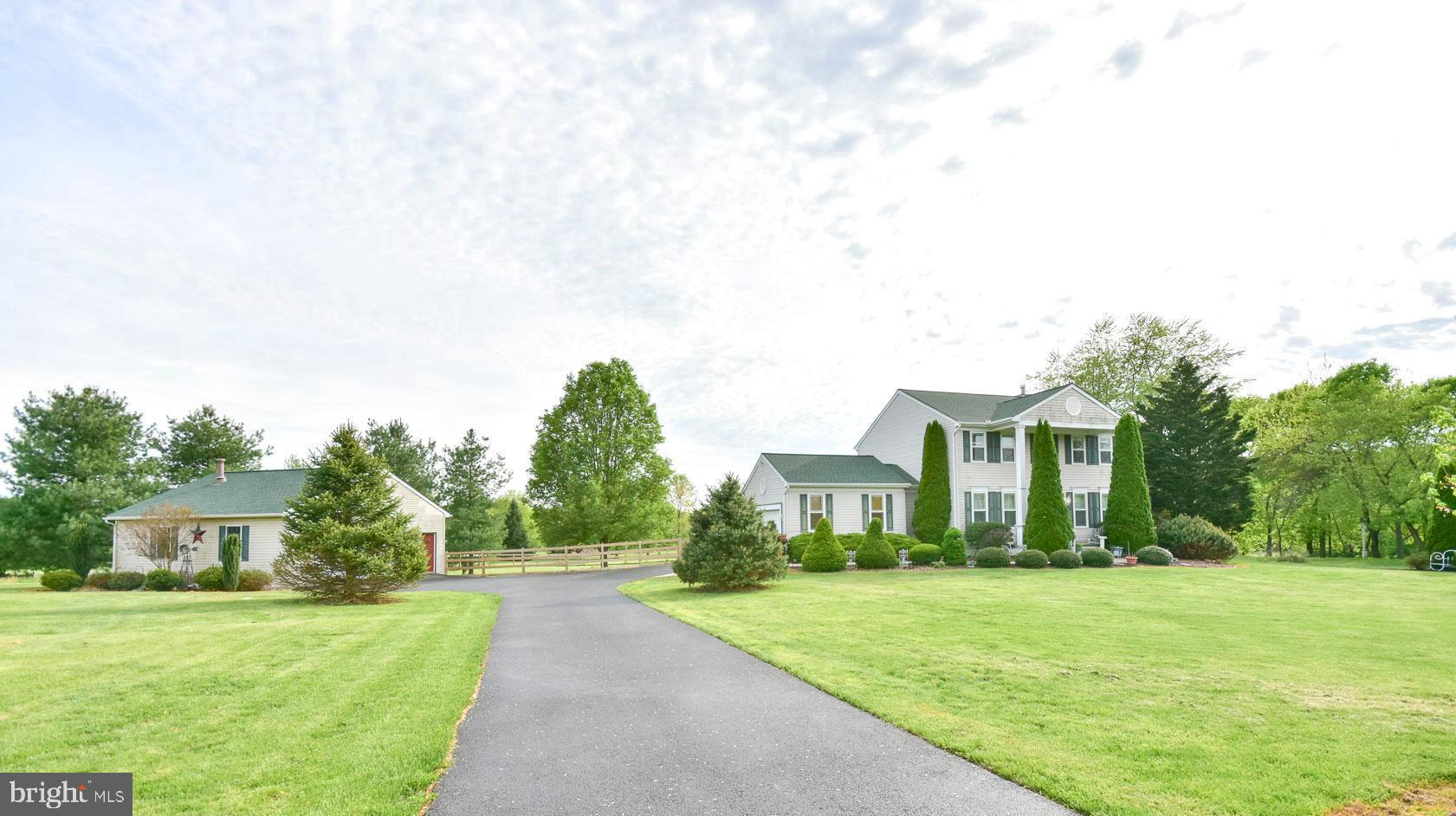 274 ELK BRANCH DRIVE, SHENANDOAH JUNCTION, WV 25442