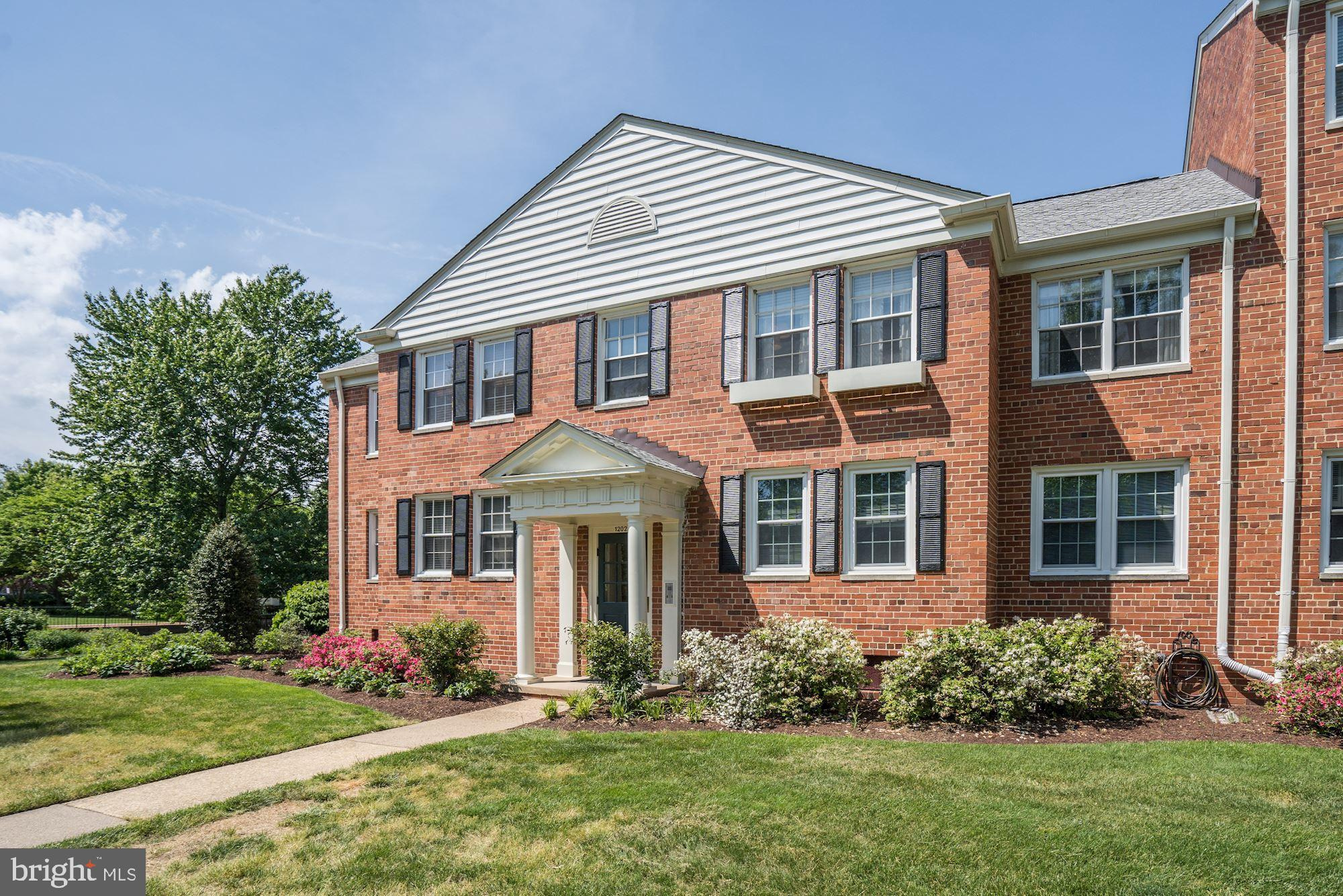 Beautifully updated top floor unit. The kitchen features marble countertops, new cabinets, stainless steel appliances, oversized undermount sink and engineered hardwood floors. New kitchen and floors throughout were completed between 2018-2019. New HVAC System was installed in 2017. Laundry is in the same building and large extra storage area as well. Contact Patrick DeLeonibus for all inquiries, 202.770.7401 or pdeleonibus@ttrsir.com