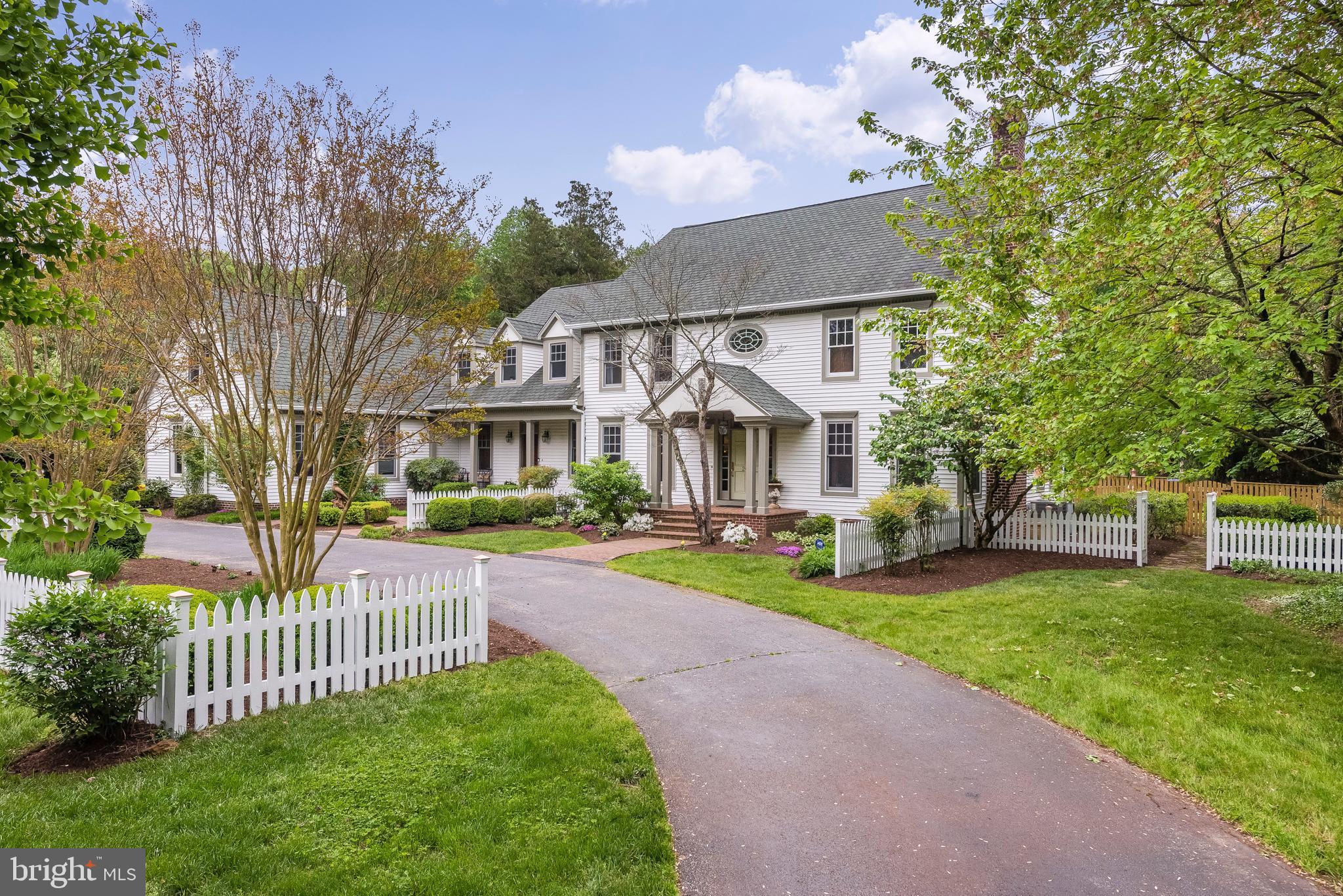 Luxury Estates with 8 plus bedrooms for Sale DE PA MD DC NJ