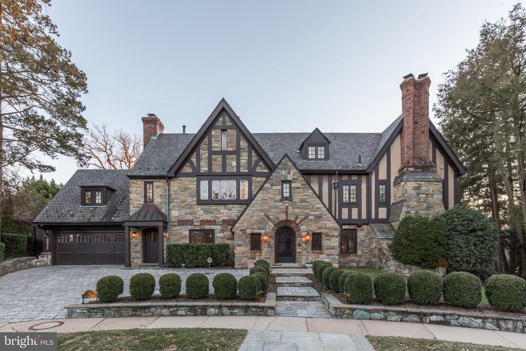 Stunning, Mass. Ave Heights - Totally renovated estate home.  Approx 10,000 Sq Ft - Built in 1929.  Renovated with no expense spared, current owners continued previous renovation. Situated on one of Washingtons most exclusive blocks.