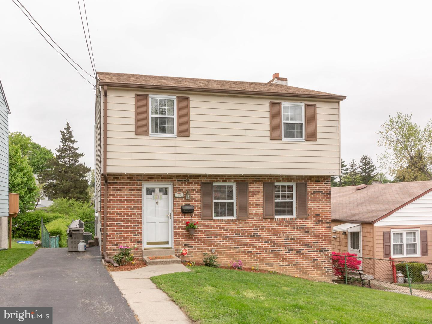 126 2ND Avenue Broomall, PA 19008