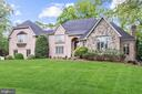 10003 Robindale Ct