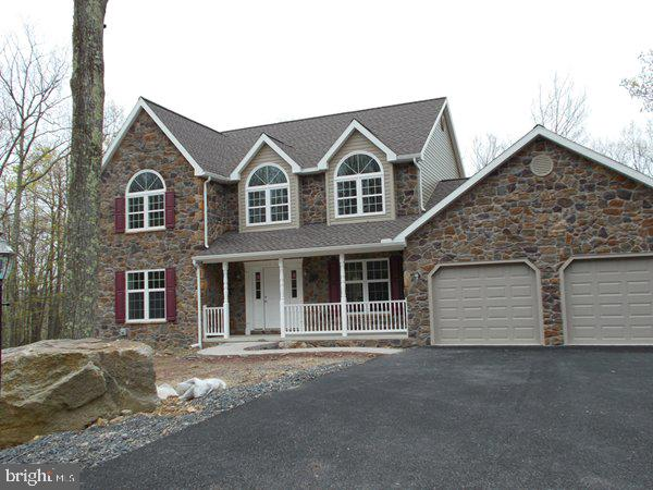 754 TURNBERRY LANE, HAZLETON, PA 18202