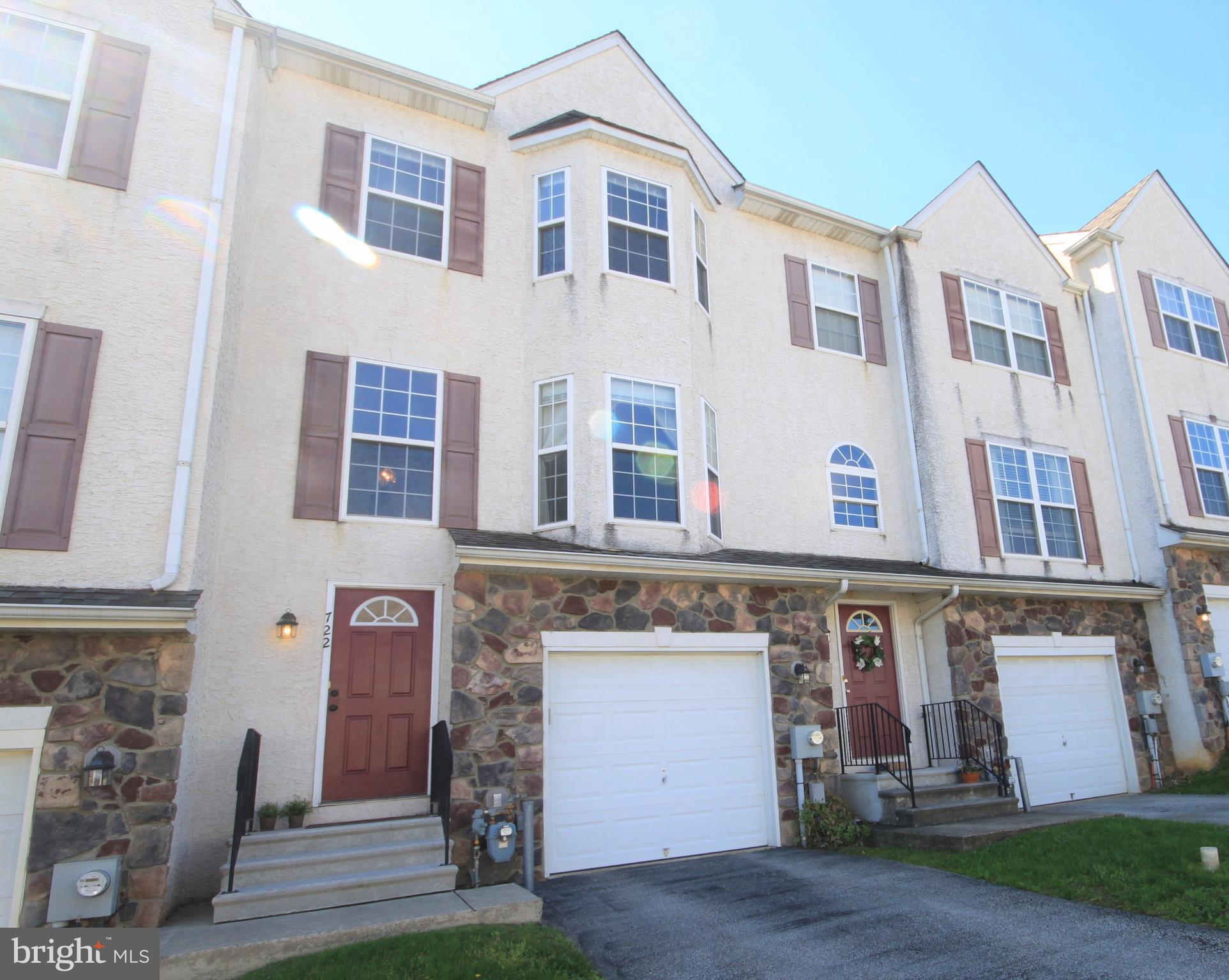 722 BEECH COURT, BRIDGEPORT, PA 19405