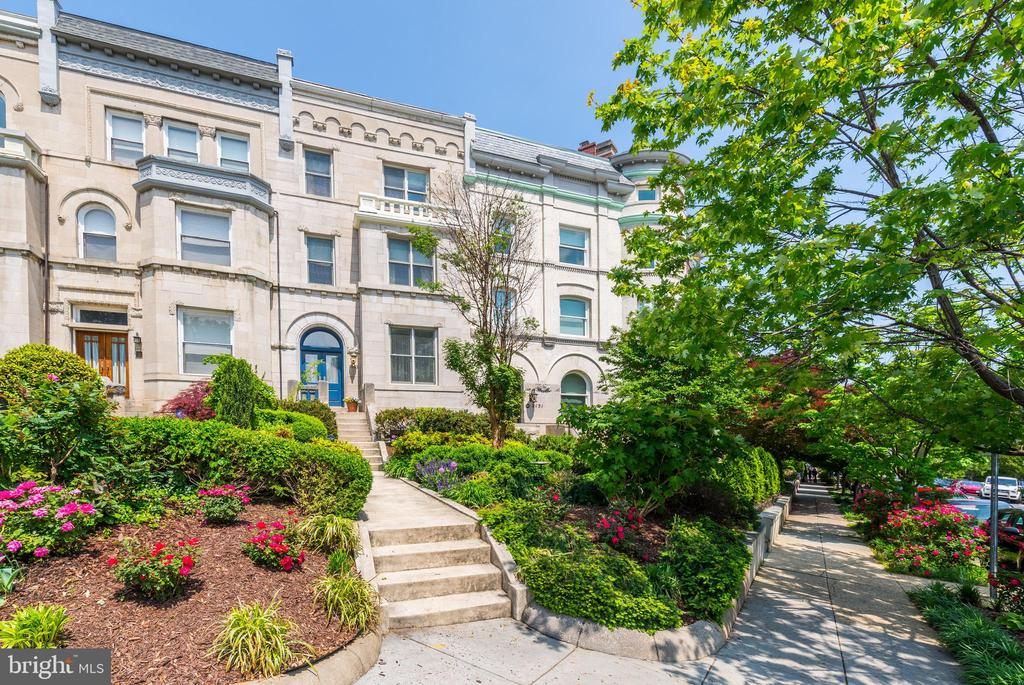 Totally renovated historic Kalorama townhouse with parking.  Beautifully renovated with incredible detail.  16 zones of in-floor heat, hand crafted cabinetry through out the house, In- law suite with separate entrance in the lower level, gated parking for 1 car in the rear of the house.