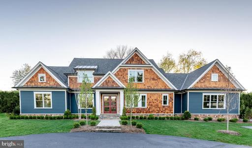 1674 Chain Bridge Rd, McLean, VA 22101