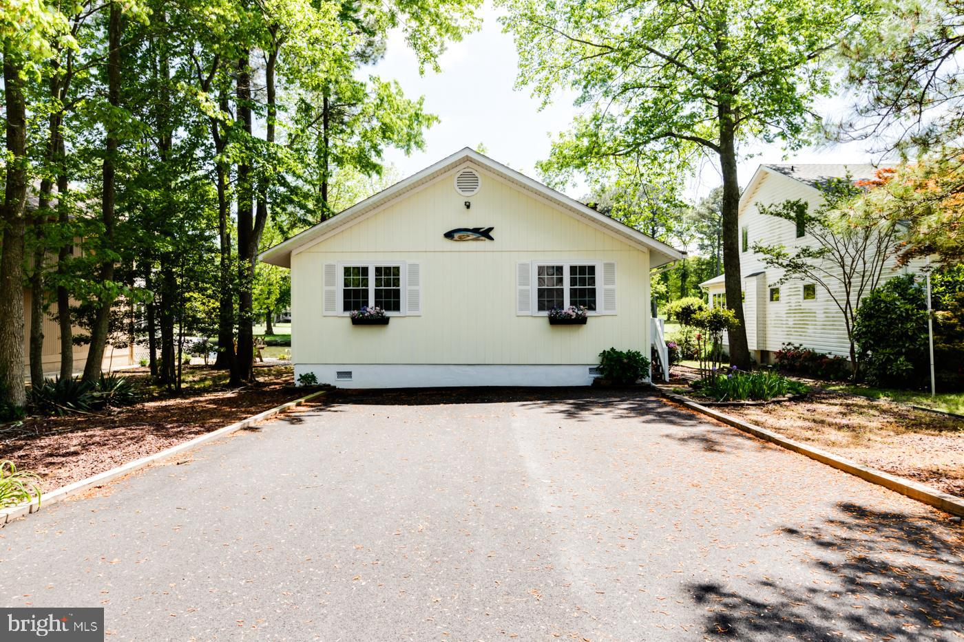 75 CLUBHOUSE DRIVE, OCEAN PINES, MD 21811