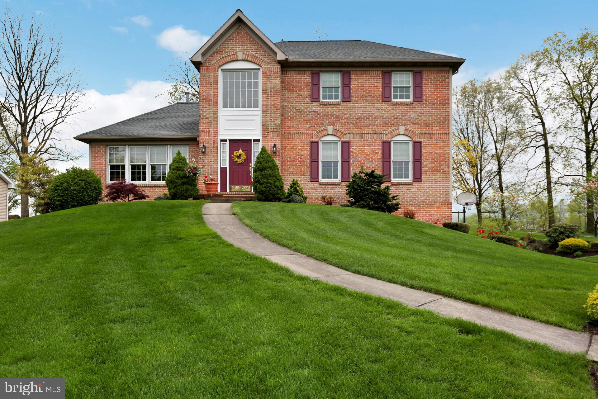 276 W WALNUT TREE DRIVE, BLANDON, PA 19510