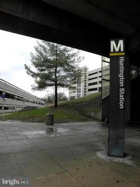 Photo of 2059 Huntington Ave #1102