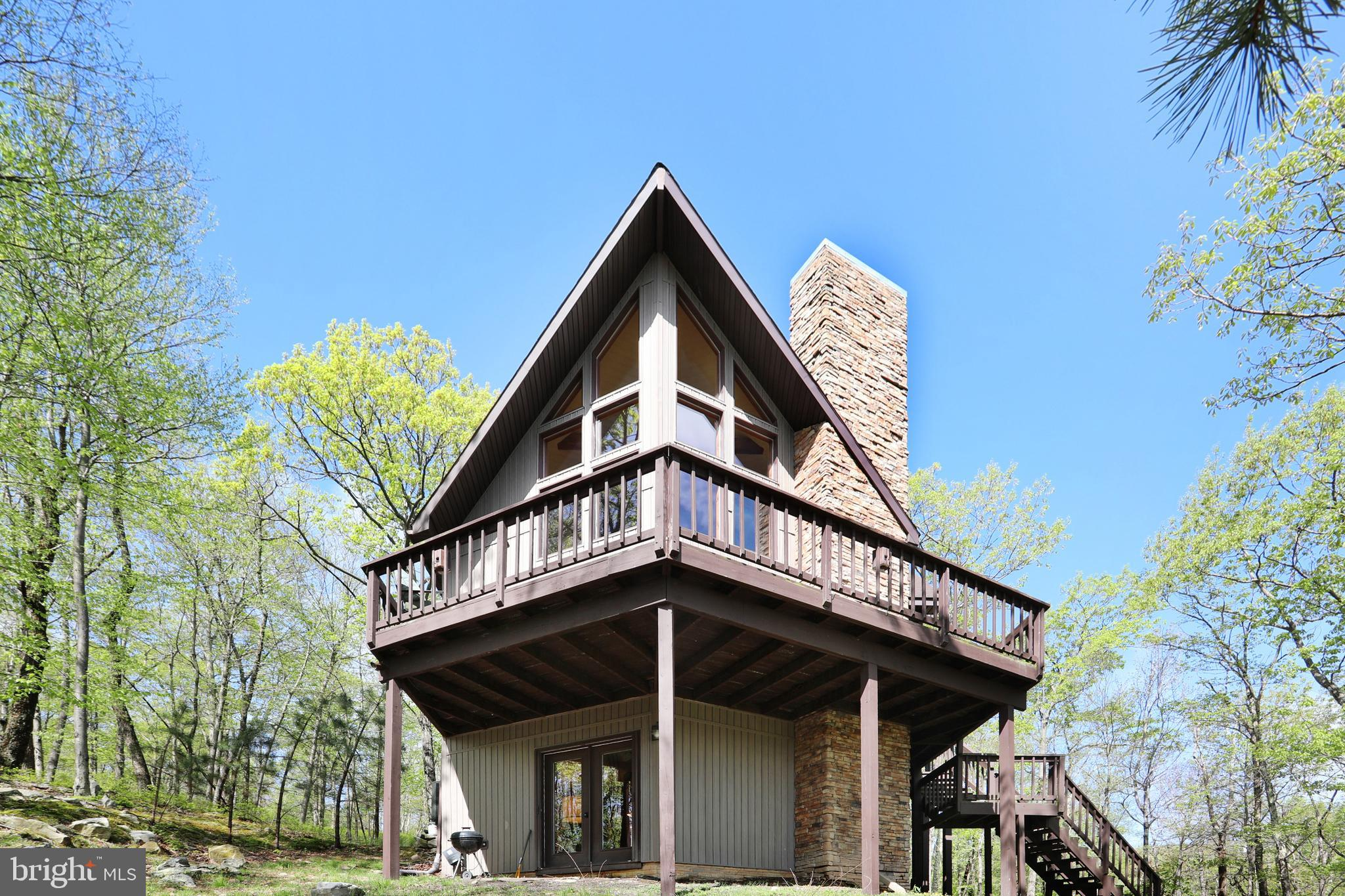 599 BREATHLESS WAY, BERKELEY SPRINGS, WV 25411