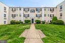 2303 Farrington Ave #304