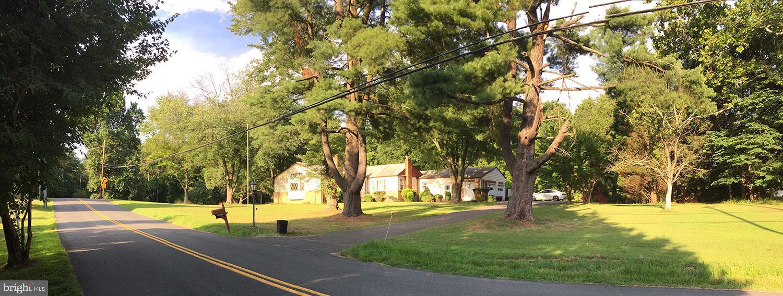 1043 TOWLSTON Rd, Mclean, VA, 22102