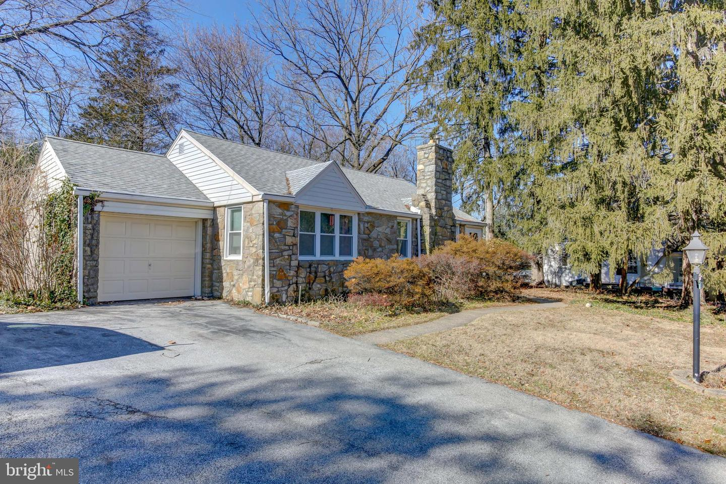 124 N Sproul Road Broomall, PA 19008