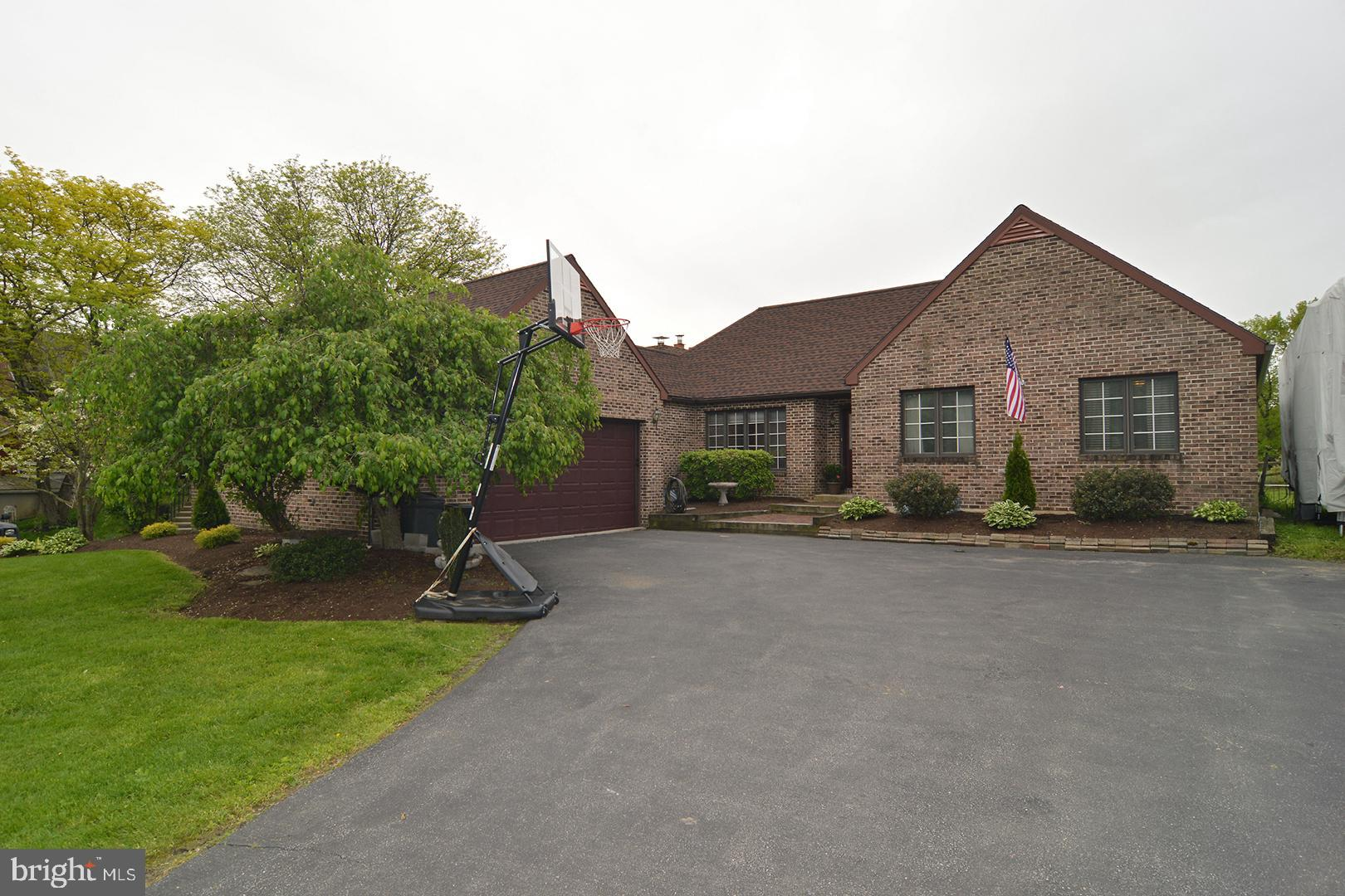 652 OLD STATE ROAD, OLEY, PA 19547