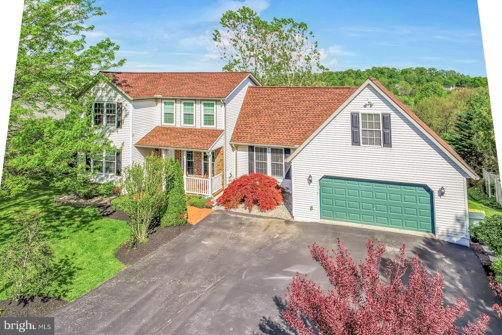 66 PISTON COURT, STEWARTSTOWN, PA 17363