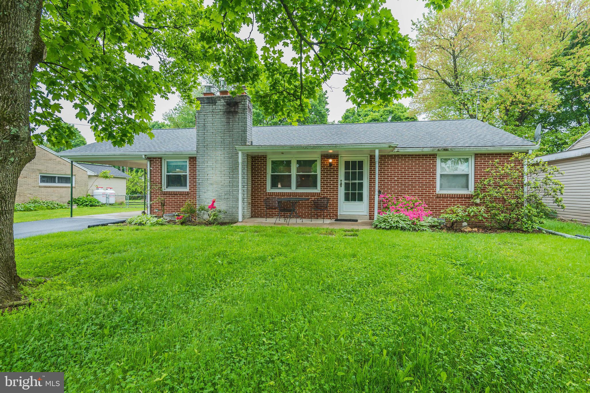 705 HIGHLAND AVENUE, MOUNT HOLLY SPRINGS, PA 17065